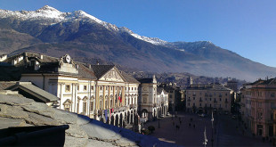 Panoramic-view-of-Aosta-and-his-mountains-as-landscape