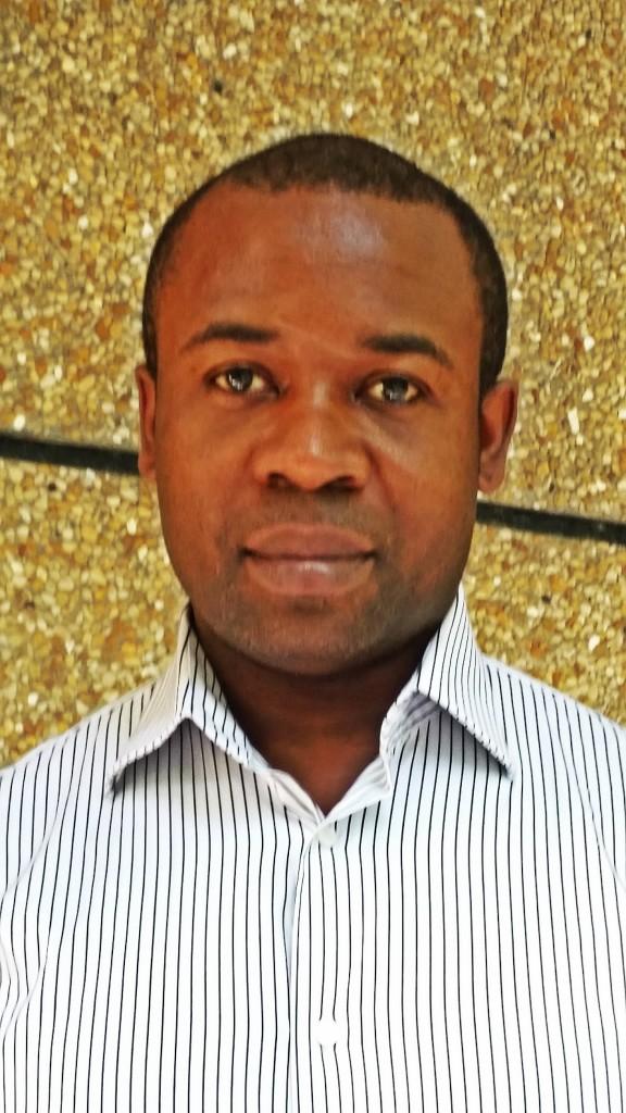René_DASSIE_Camerun_CAFFE_GIORNALISTI