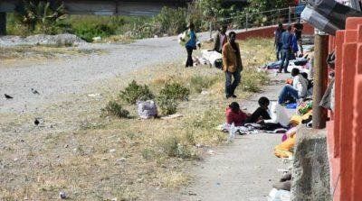 http://viedifuga.org/wp-content/uploads/2016/11/il-bivacco-dei-migranti-sul-fiume-roya-a-ventimiglia-291765.660x368-400x223.jpg